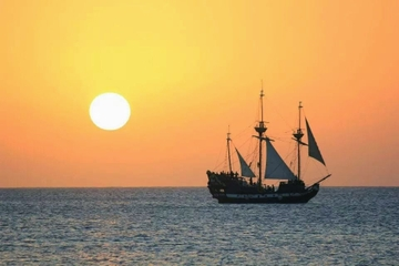 Grand Cayman Sunset Cruise by Pirate Ship