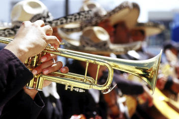 Guadalajara Nightlife: Mariachi Music and Tequila Tasting