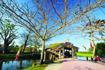 Half-Day Thanh Thuy Village Bike Tour from Hue
