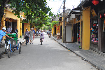 Half-Day Tour of Hoi An Ancient Town from Da Nang