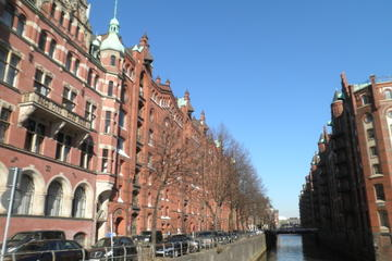 Hamburg Small-Group UNESCO World Heritage Sites Walking Tour