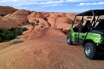 Hell's Revenge 4x4 Off-Roading Tour from Moab