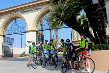 Hollywood Bike Tour with Skip-the-Line Ticket to Madame Tussauds from Anaheim