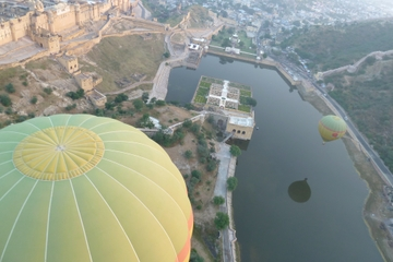 Hot Air Balloon Flight over Jaipur with Round-Trip Transfer