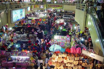 Jakarta Shopping Tour Including Round-Trip Hotel Transfer
