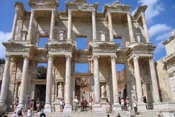 Kusadasi Shore Excursion: Ephesus Terrace Houses, Artemission Temple, Including Lunch