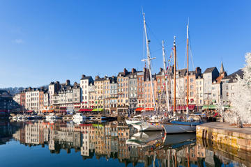 Le Havre Shore Excursion: Private Tour of Honfleur and the Pays d'Auge