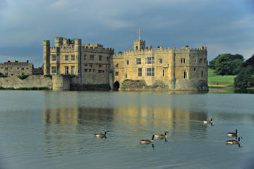Leeds Castle Private Viewing, Canterbury and Greenwich Day Trip from London