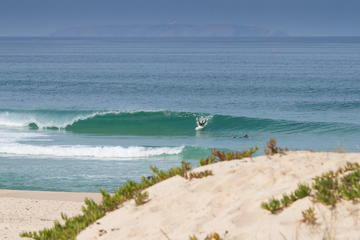 Lisbon and Peniche 7-Day Surf and City Retreat