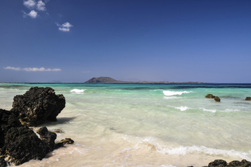 Lobos Island Round-Trip Ferry Ride from Fuerteventura