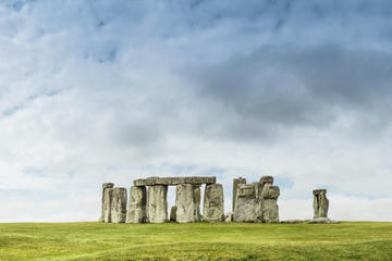 London Super Saver: Exclusive Small-Group London Sightseeing Tour and a Stonehenge, Windsor and Bath Day Tour