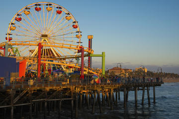 Los Angeles City Tour Including Farmers Market, Beverly Hills and Santa Monica Bike Ride