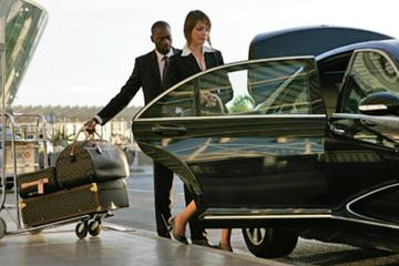 Low Cost Private Transfer From Maastricht Aachen Airport to Maastricht City - one way