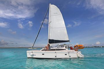Luxury Catamaran Tour in Cozumel with Kayaking and Snorkeling