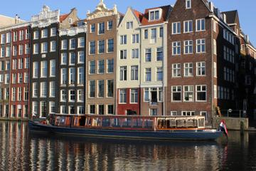 Luxury Dinner Cruise by Saloon Vessel in Amsterdam Including Drinks