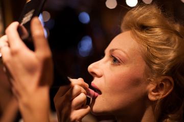 Makeup Class in Paris: Cancan or Marie Antoinette Theme