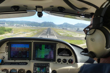 Maui Introductory Flight Lesson: Round-Trip to Molokai