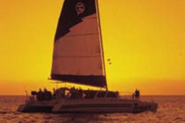 Maui Sunset Dinner Cruise Aboard the Teralani 2