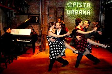 Mundo Tango in Buenos Aires: Lesson, Milonga and Show