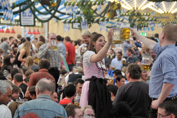 Munich Oktoberfest Reserved Table at Käfer Tent Including Oktoberfest History Tour
