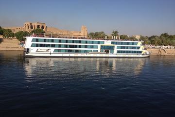 Nile Cruise Luxor to Aswan 4 Nights 5 Days from Hurghada