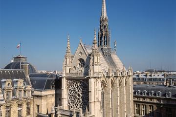 Notre Dame and Ile de la Cité Tour with Skip the Line Visit of the Sainte Chapelle Combo Tour