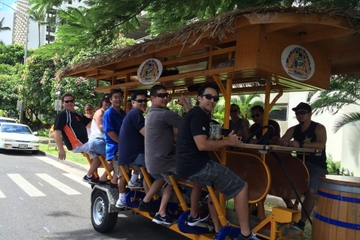 Oahu Party Bike Bar Tour in Kaka'ako