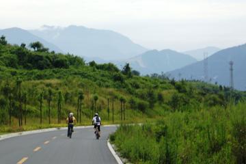 One-Day Country Biking and Panda Tour Around Qingcheng Mountain