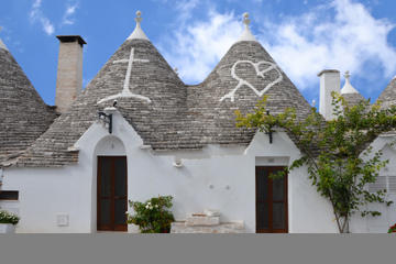 Overnight Alberobello Romantic Getaway with Candlelit Dinner and Massage