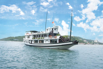 Overnight Halong Bay Cruise from Hanoi