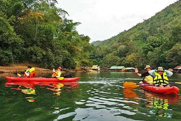 Overnight Kwai Noi River Kayaking Trip from Kanchanaburi