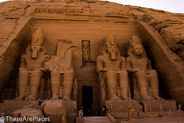 Overnight Trip to Aswan From Luxor Visiting Abu Simbel Temple