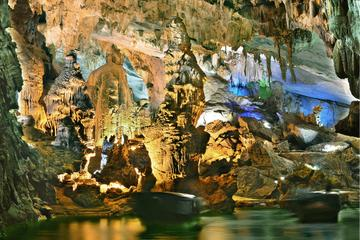 Overnight Vinh Moc Tunnels and Phong Nha National Park Tour