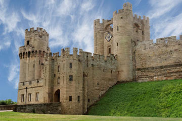 Oxford, Warwick Castle and Stratford-upon-Avon Day Trip from London