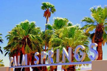 Palm Springs Day Trip with Aerial Tramway Experience and Luxury Outlets Shopping