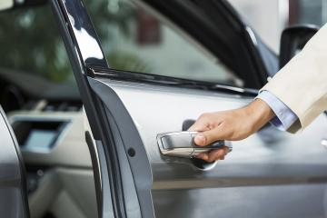 Paris Private Transfer: from-to Paris Airports Charles de Gaulle-CDG or Orly-ORY