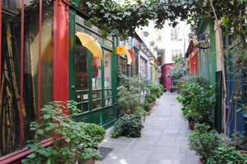 Paris Walking Tour: Secret Sites and Hidden Gems