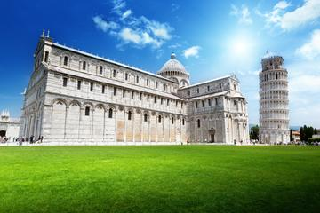 Pisa, Lucca and Forte dei Marmi Semi-Independent Tour by Minivan from Florence