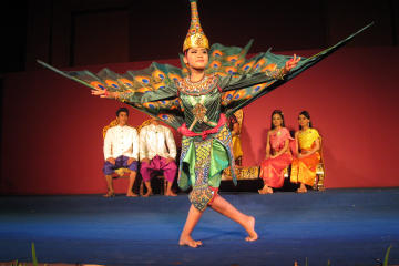 Plae Pakaa Phnom Penh: Traditional Performing Arts Shows