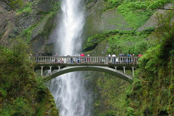 Portland Day Trip: Multnomah Falls and Columbia River Gorge Waterfalls Tour