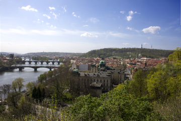 Prague Full-Day City Walking Tour and Petrin Tower