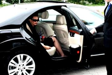 Private Airport Transfer including Mini Tour of Rome