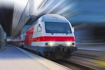 Private Arrival Transfer: Gare de Lyon Saint-Exupery to Lyon Hotel
