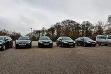 Private Arrival Transfer: Rotterdam Airport to Rotterdam Hotel With Meet And Greet Service
