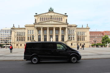 Private Berlin City Mini Van Tour