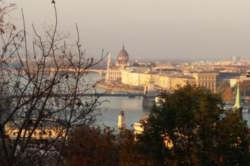 Private Budapest City Tour by Car
