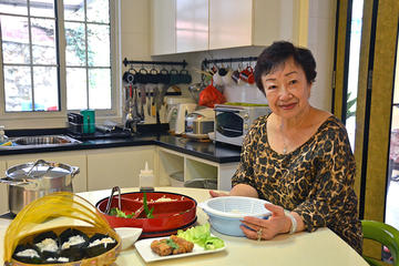 Private Cooking Demo and Meal with An Expert Singaporean Home Cook