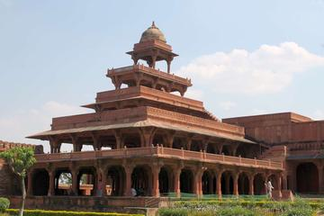 Private Day Tour of Agra: Taj Mahal at Sunrise, Fatehpur Sikri, Agra Fort and Tomb of Itmad-ud-Daulah