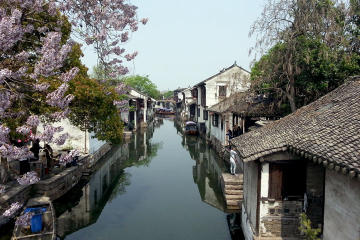 Private Day Tour of Zhouzhuang Water Town from Shanghai