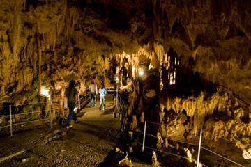 Private Day Tour to Diros Caves